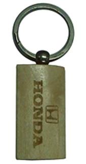 wooden-keychain-2